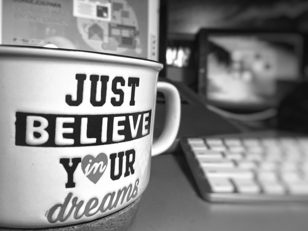 ¿Realmente soñar no cuesta nada?, Just Believe in your dreams
